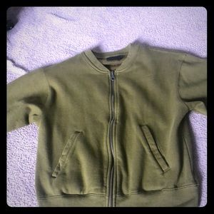 cute sweater good condition